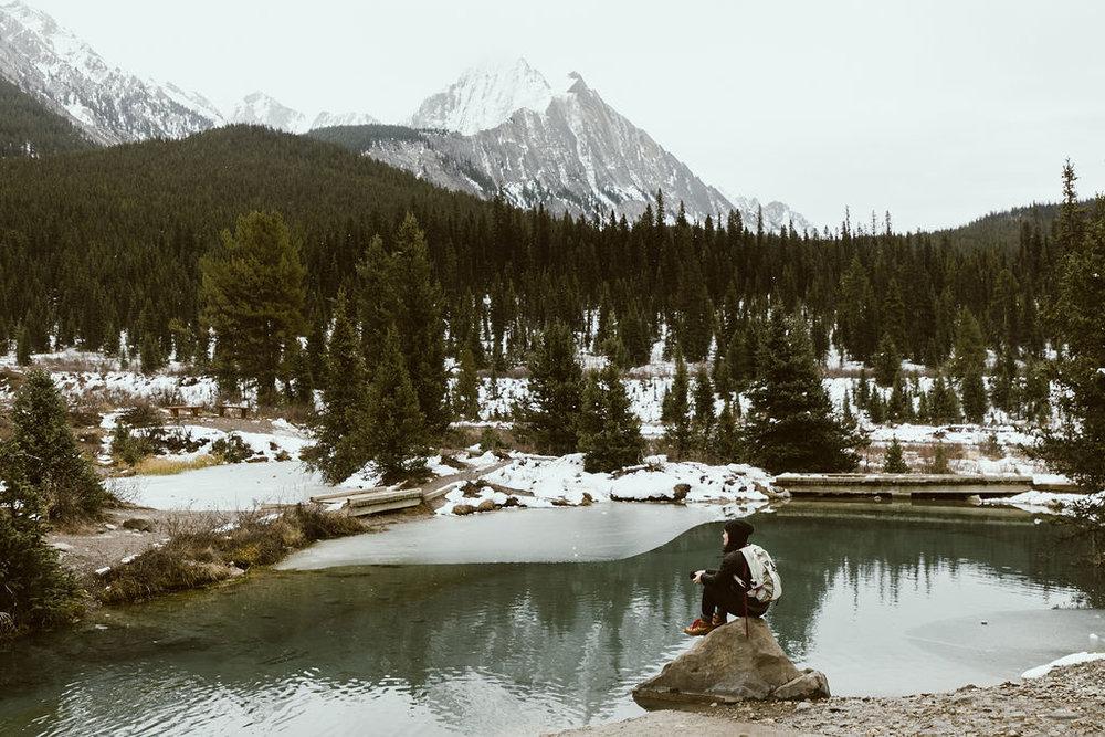 yoga-mediation-travel-blog-retreat-winter-hygge