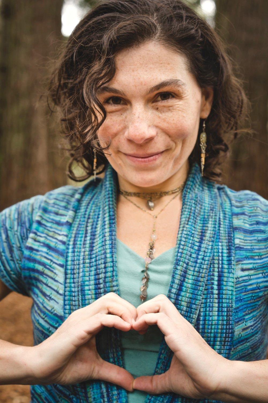 Sierra Laurel Yoga 34.jpg
