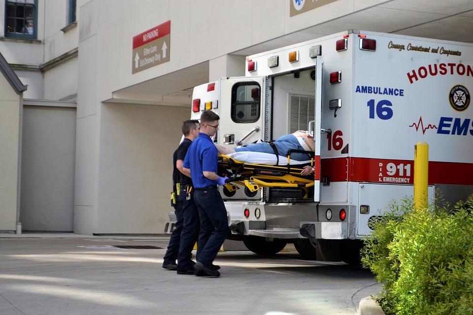 first-responders-3323385_960_720.jpg