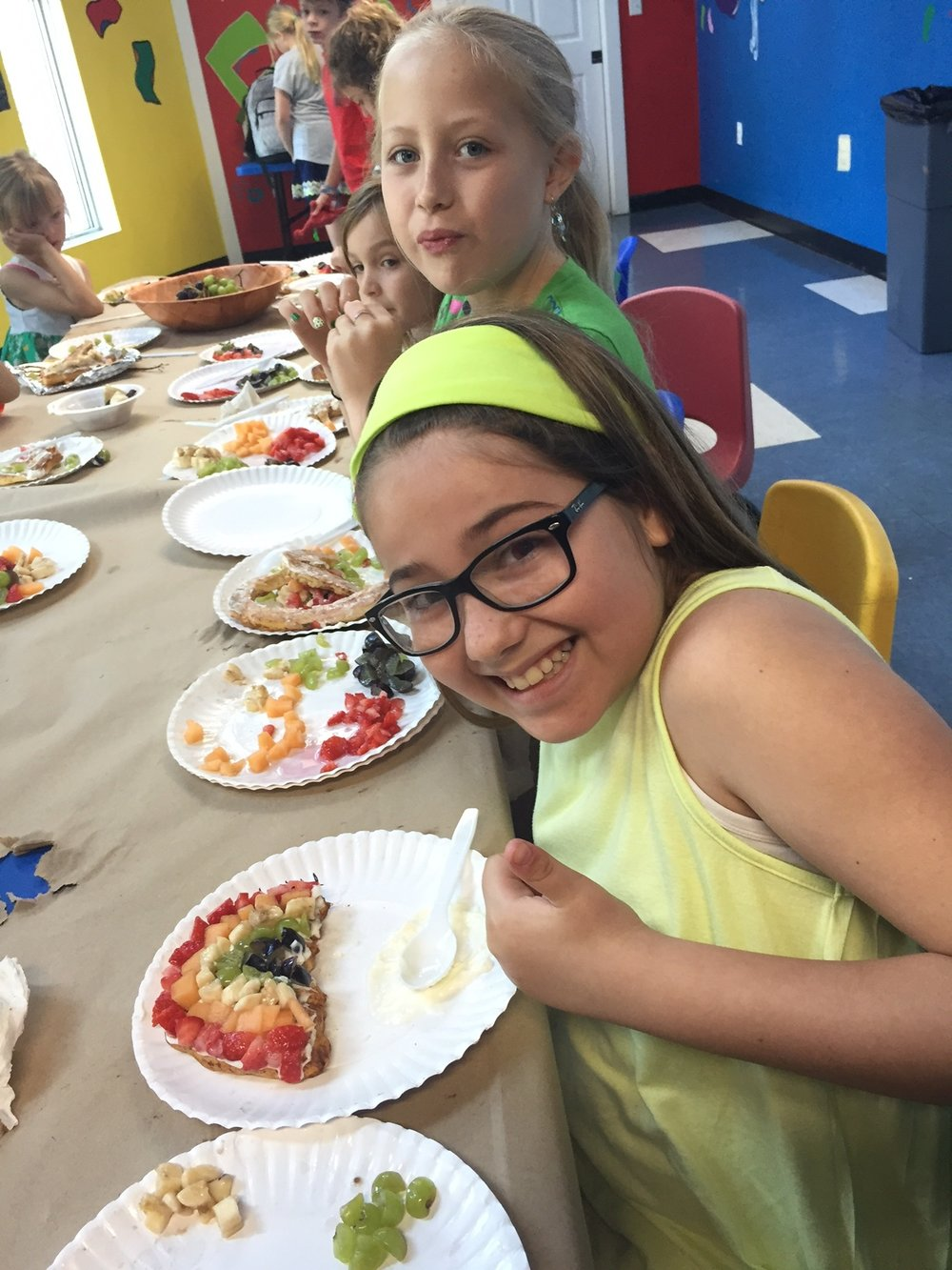 TCM Summer Camp Fruit Pizza (00000003).JPG
