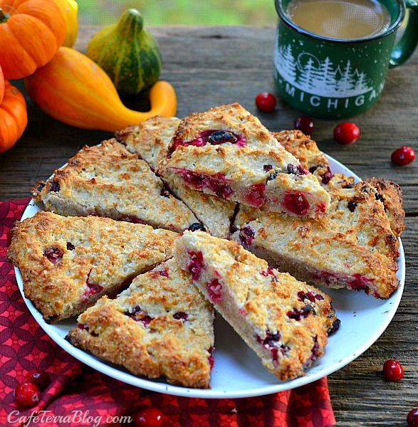 amaretto apple cranberry scones 2a.jpg