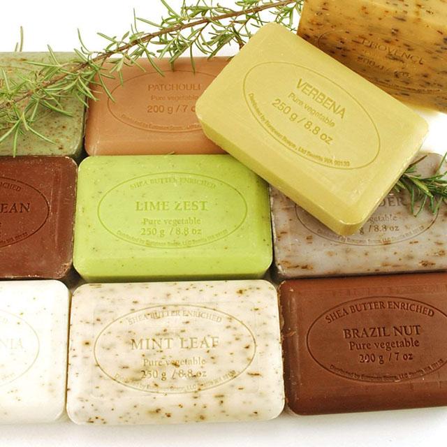 pre-de-provence-bath-soap-lavender.jpg