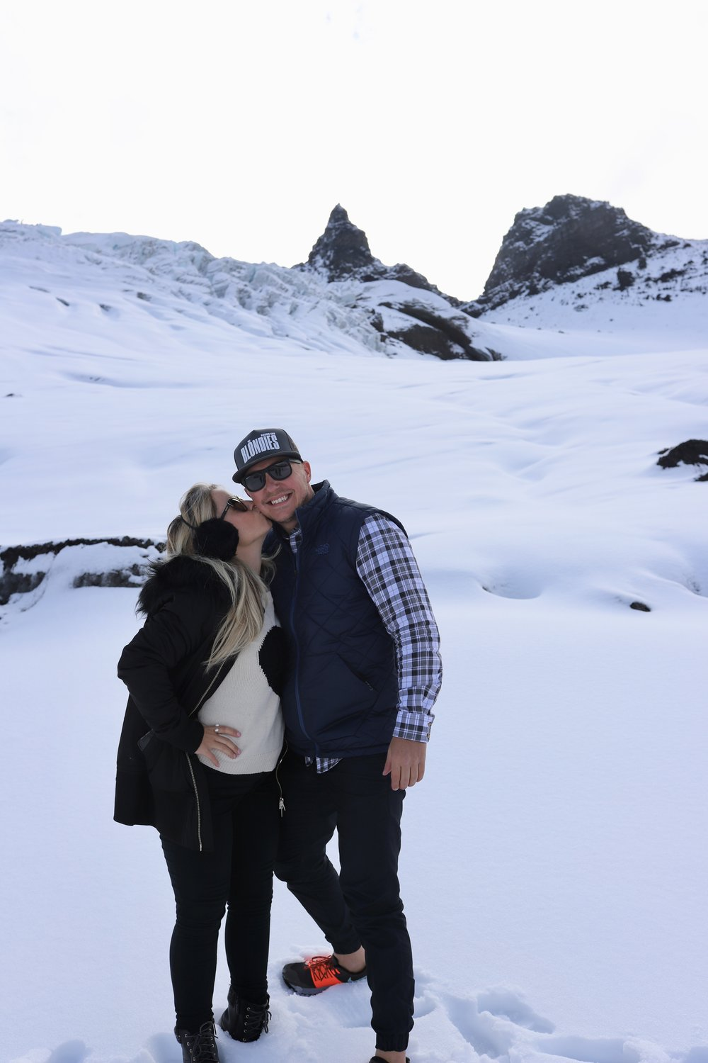 Kisses on top of the glacier!