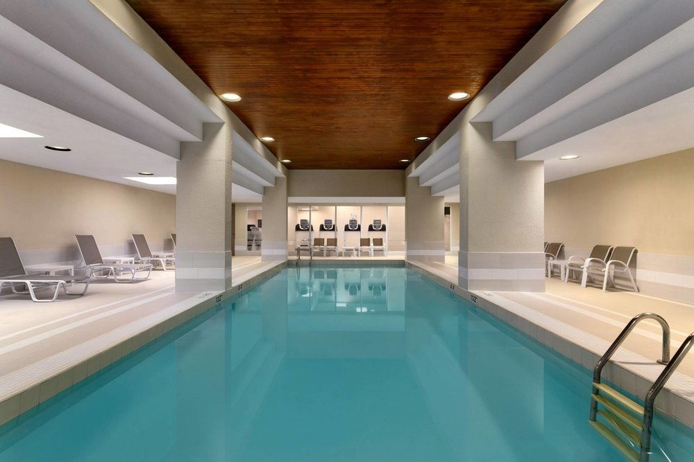 Wish you worked here - Nestled right in the heart of downtown Toronto, this warm pool is great for swimmers of all ages and abilities. Enjoy warm water, free wifi, and towel service.