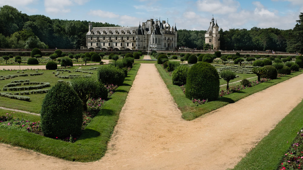 """The French gardens of Chenonceau - Travel photography and guide by © Natasha Lequepeys for """"And Then I Met Yoko"""". #loirevalley #france #travelguide #travelphotography #valdeloire"""