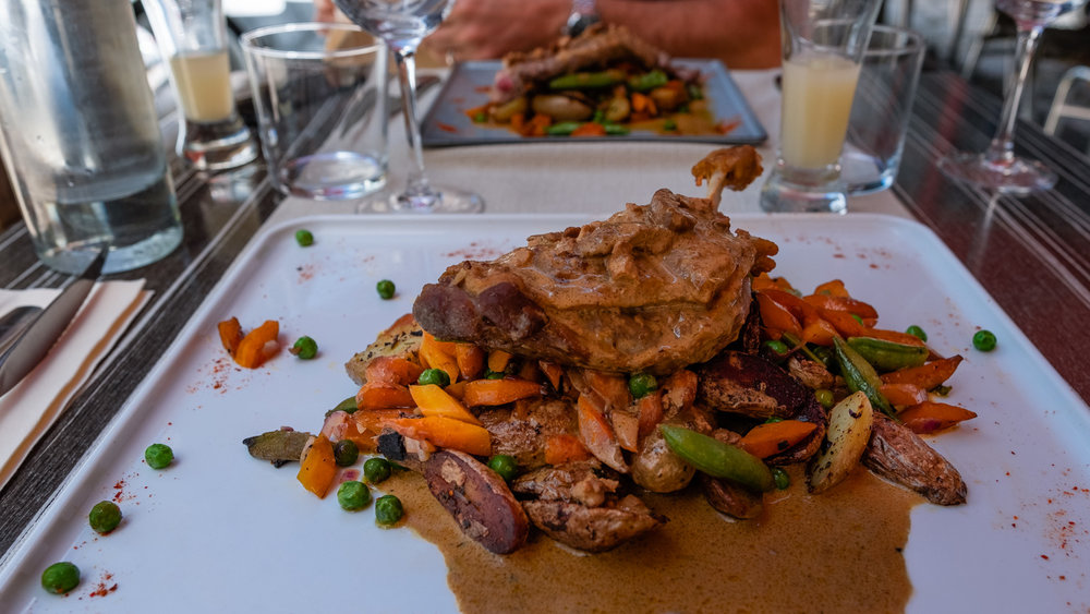Confit de canard  from  L'Idée  in Beaugency (12:00-14:00 and 19:00-21:30)
