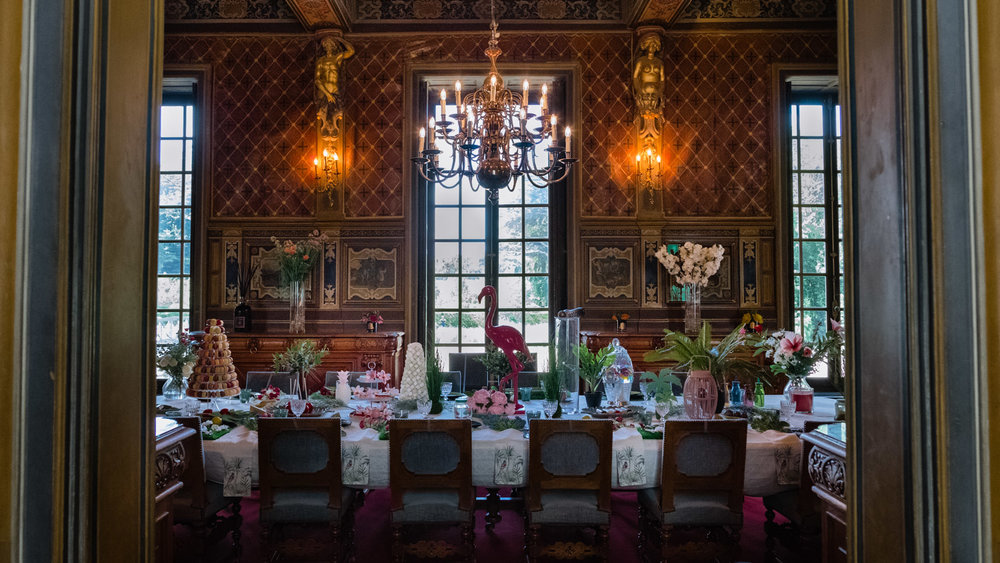 Interior dining room of the Château de Cheverny