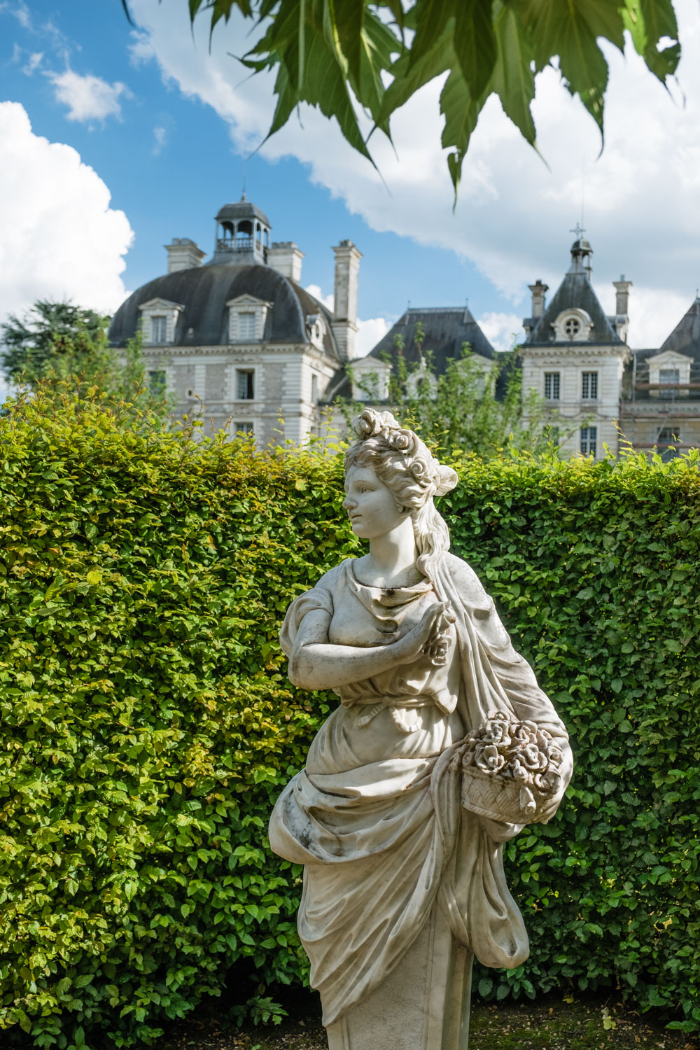 A statue in the gardens of Cheverny