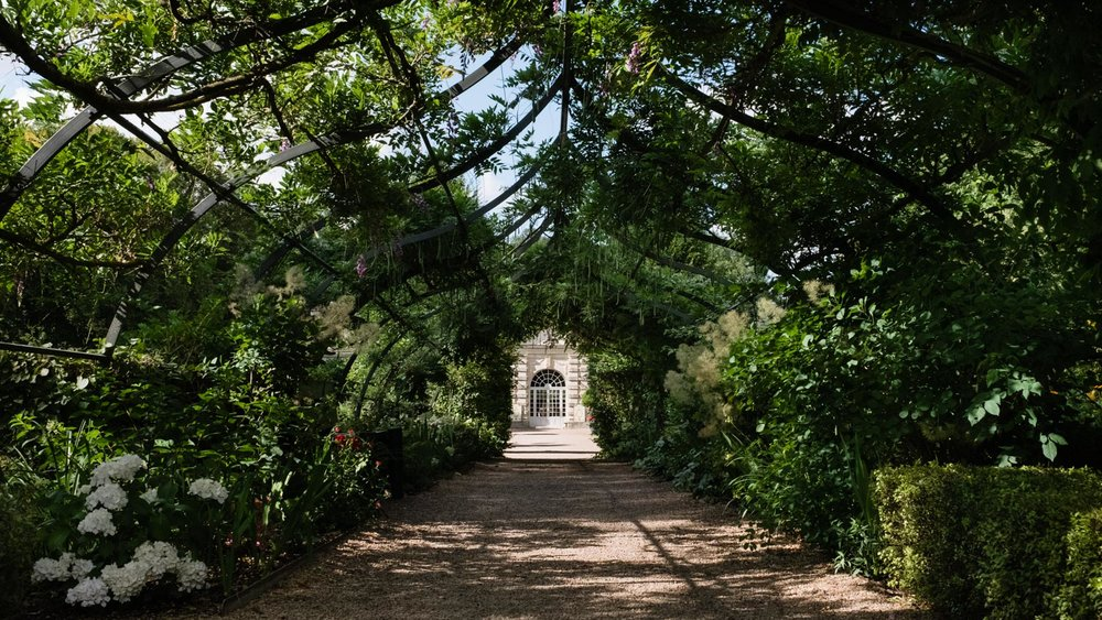 The green tunnel in the garden of Cheverny