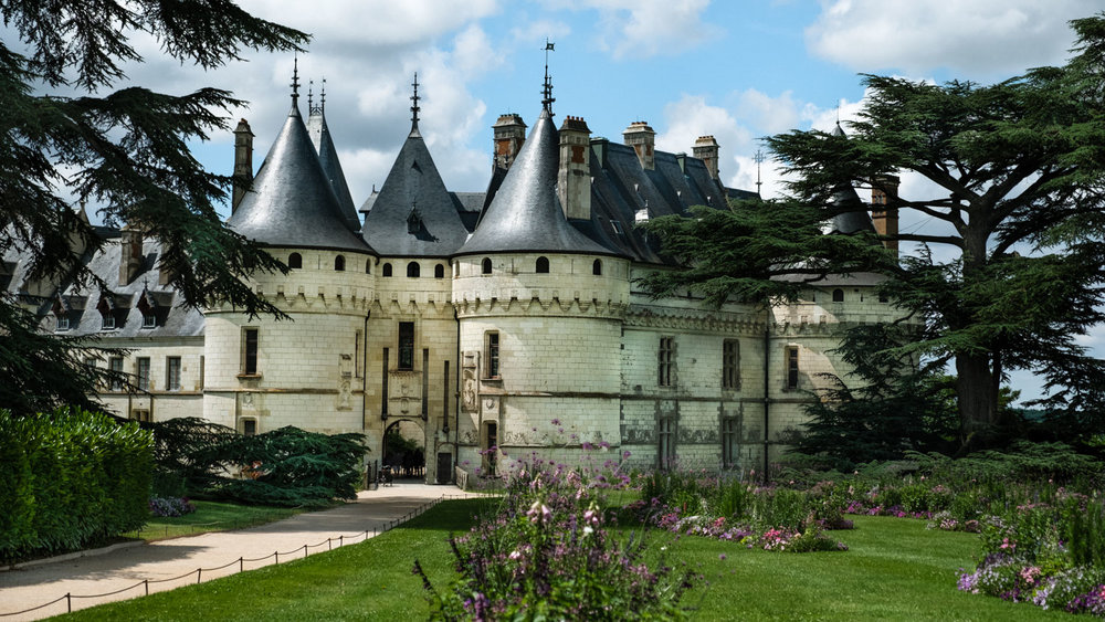 """The Château de Chaumont and it's the gardens, Loire Valley. Travel photography and guide by © Natasha Lequepeys for """"And Then I Met Yoko"""". #loirevalley #france #travelguide #photoblog #travelblog #travelphotography #landscapephotography #architecturephotography #travelitinerary #fujifilm #valdeloire #loire #chambord #chenonceau #cheverny #chaumont #chateau #castles #discoverfrance #honeymoondestination"""