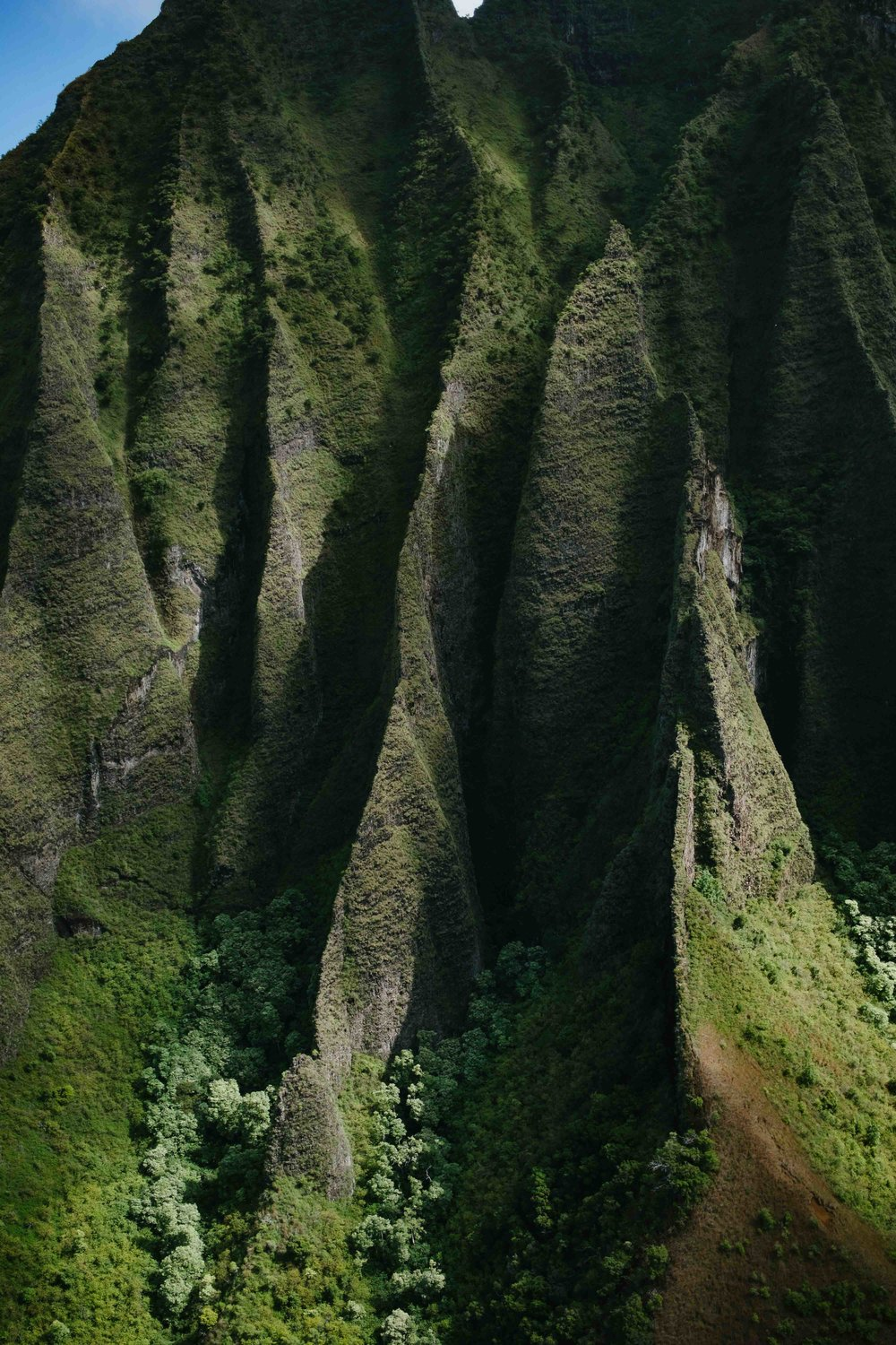 The cathedral cliffs of Kauai