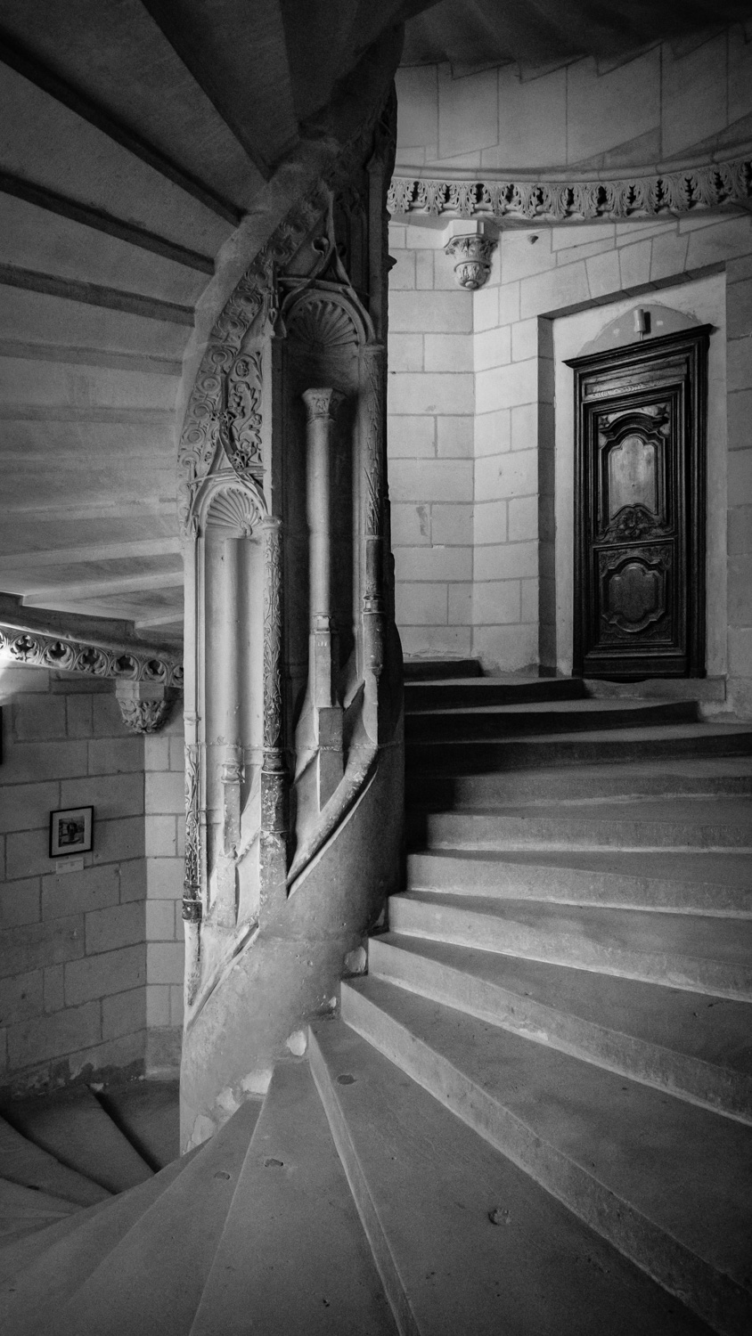 The spiral staircase inside the Château de Chenonceau