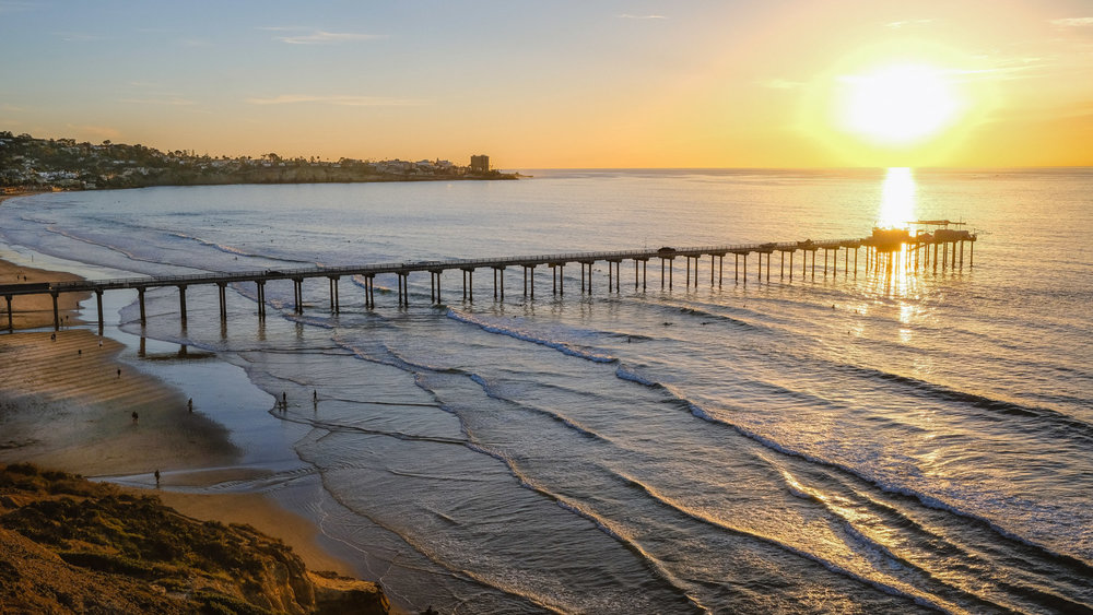 "Scripps Pier at sunset - San Diego travel guide by ""And Then I Met Yoko"". Photography by Natasha Lequepeys #travelphotography #travelblog #sandiego"
