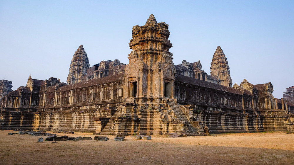 Inside structure of Angkor Wat.     #siemreap #angkorwat #travelguide #travelblog #siemreapitinerary #cambodia #travelphotography #landscapephotography #fujifilm #siemreapprivatetour
