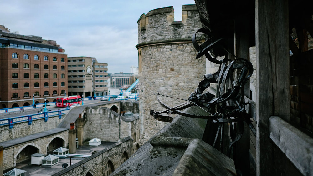 An iron soldier statue in the Tower of London