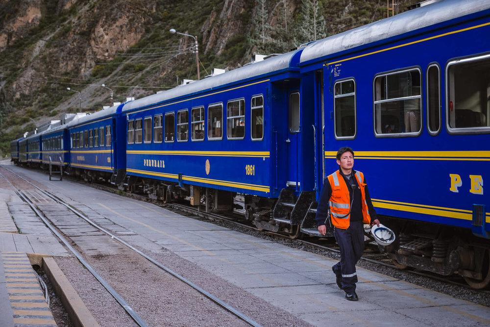 "Perurail in Ollantaytambo, The Sacred Valley, Peru. Travel photography and guide by © Natasha Lequepeys for ""And Then I Met Yoko"". #travelguide #photoblog #fujifilm #machupicchu #sacredvalleyitinerary"