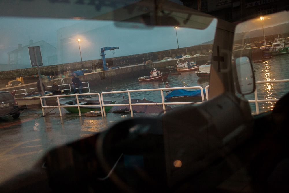 December 05, 2011 - Laxe (La Coruña). The small port of Laxe bases its economy on percebes' harvesting and other fishing-related activities. © Thomas Cristofoletti 2011