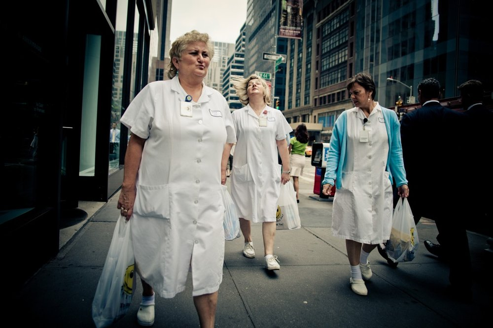 june 14, 2010 - New York City. A group of nurses walks in the streets of Manhattan. © Thomas Cristofoletti / Ruom
