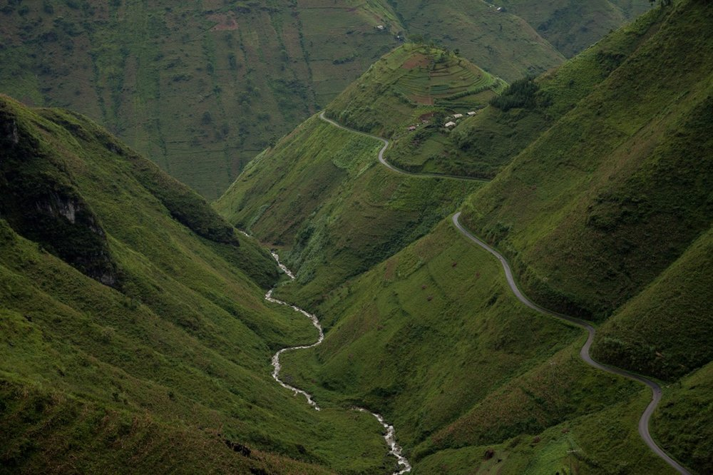 September 20, 2014 - Meo Vac (Vietnam). The Ma Pi Leng Pass between Dong Van and Meo Vac, is considered one the most spectacular road in Vietnam. © Thomas Cristofoletti / Ruom