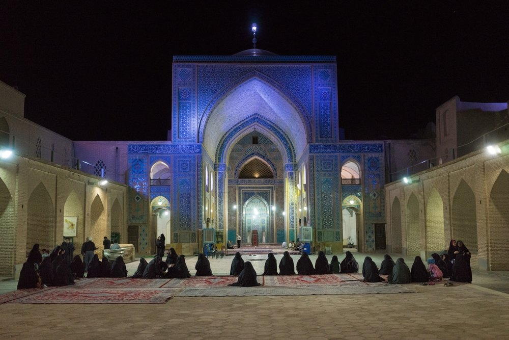 June 22, 2014 - Yazd (Iran). Locals gathered at Jame Mosque of Yazd. © Thomas Cristofoletti / Ruom