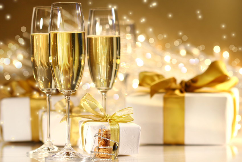 christmas-gift-champagne 7.21.28 PM.jpg