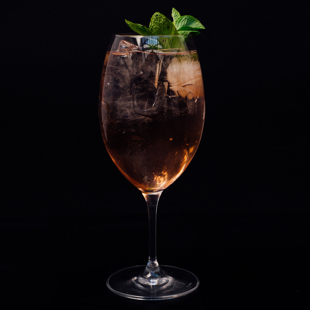 Grand Lychee Spritz - Lillet Rouge, lychee, prosecco &citrus