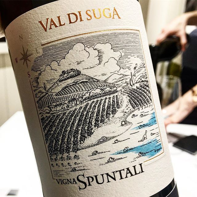 Brunello di Montalcino, Vigna Spuntali ⚡️ . Nothing compares to a great bottle of Brunello di Montalcino. Vigna Spuntali is one of Val di Suga's three sites, all individual and complex in their own right, but Spuntali is really their Grand Cru . Available in Australia exclusively via Vinify Wine Co . Val Di Suga