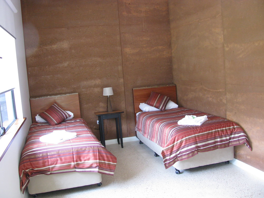 rooms of 2 & 3 beds all ensuite