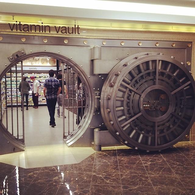 walgreens-former-bank