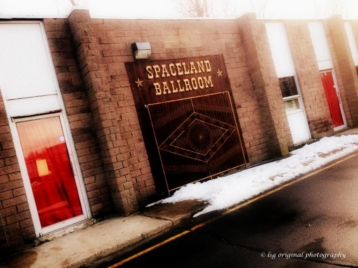Outside-Spaceland-Ballroom 720x540_zpsaqd9mdyf