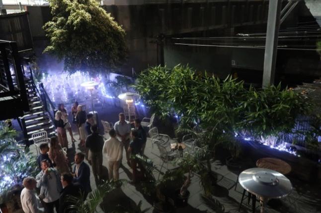 Baedeker Champagne Garden.png