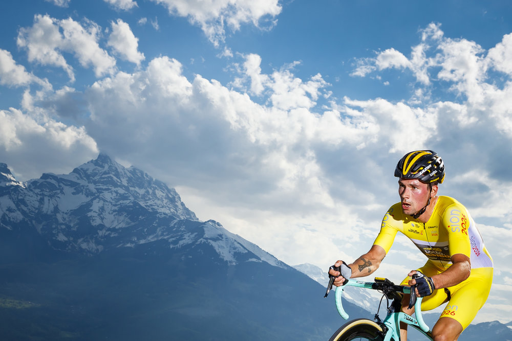 The overall leader Primoz Roglic from Slovenia of team Lotto NL-Jumbo in action during the third stage, a 9,9 km race against the clock between Ollon and Villars during the 72th Tour de Romandie UCI ProTour cycling race in Villars-sur-Ollon, Switzerland, Friday, April 27, 2018. (KEYSTONE/Valentin Flauraud)