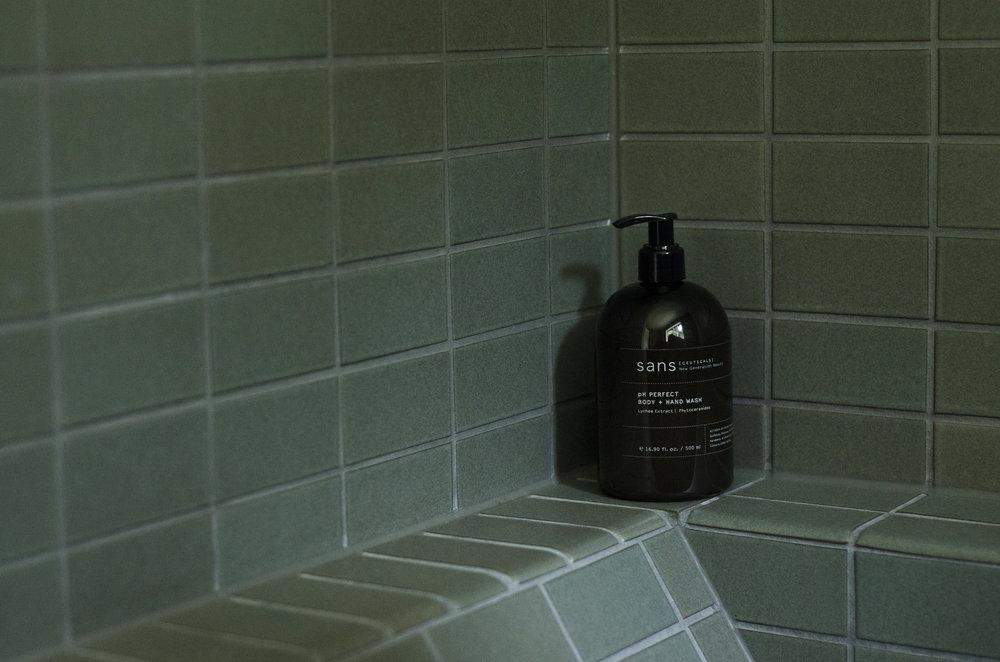 LUCY-VINCENT-Bathroom.jpg
