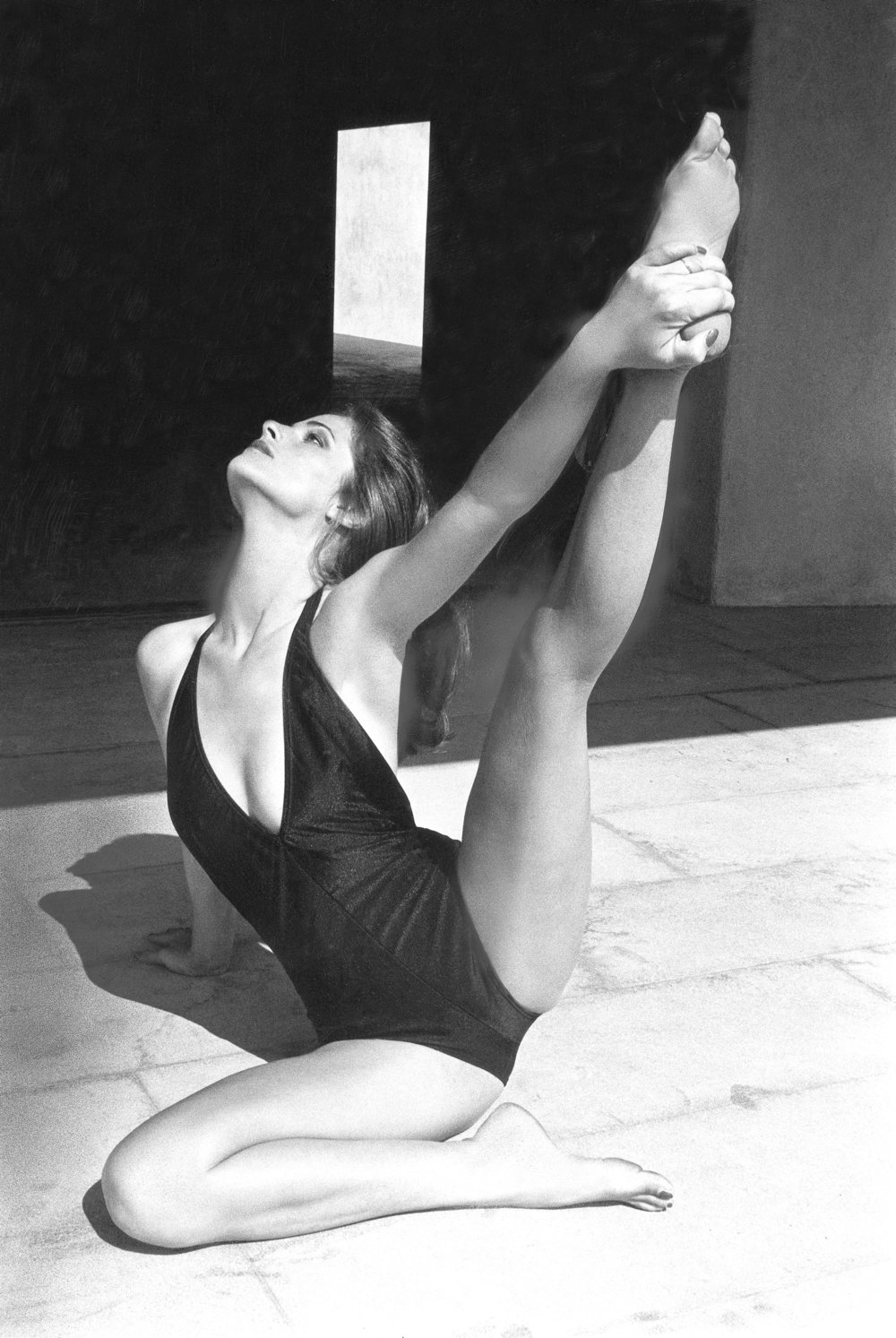 04-charlotte-rampling-vogue-fitness-guide.jpg