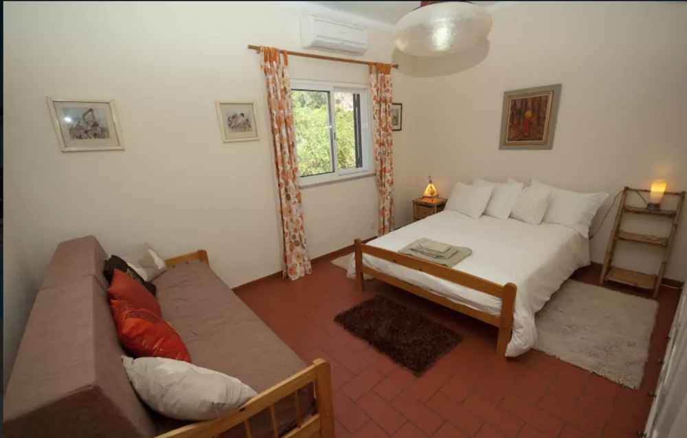 Bedroom 3: Double and single bedroom