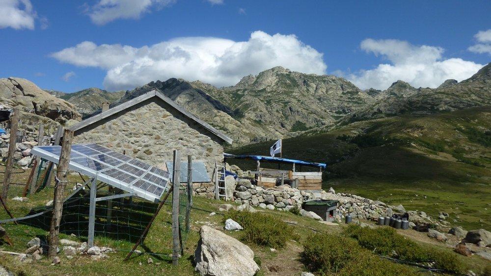 solar-panel-169439_1920.jpg