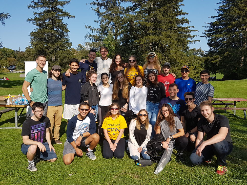 Hillel Waterloo students pose for a group photo.