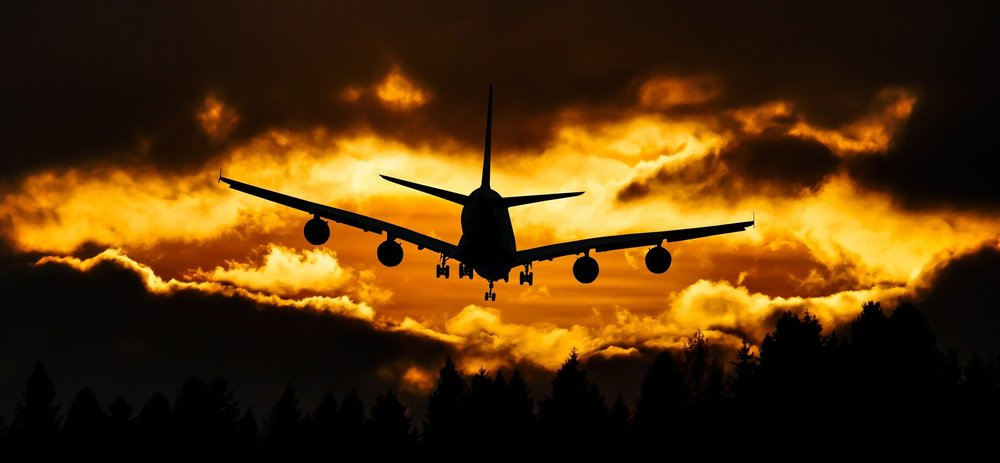 aeroplane-aircraft-airplane-210199.jpg