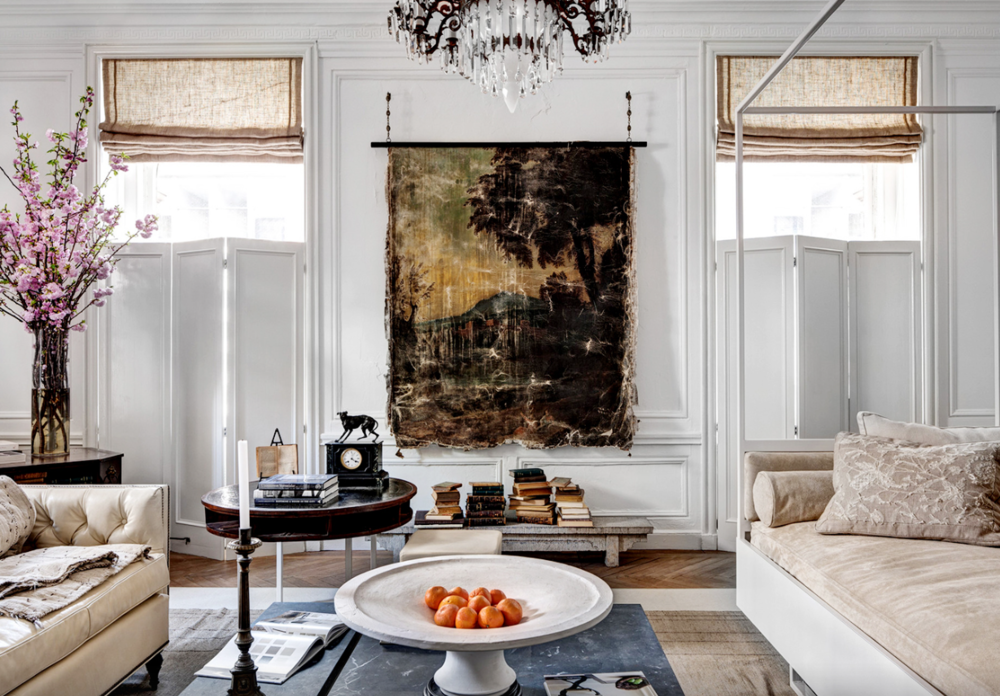 S ource Living room by Darryl Carter, photographed by Bruce Buck.
