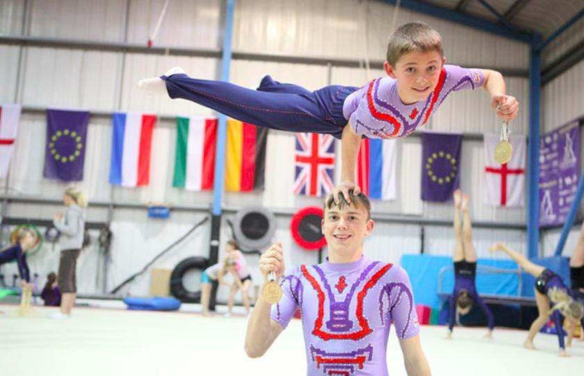 King Edmund's Acrobatic Club - Cirque Bijou Circus Playground, stage.jpeg