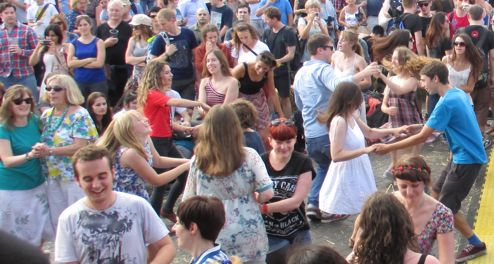 CeilidhDancing2.jpg