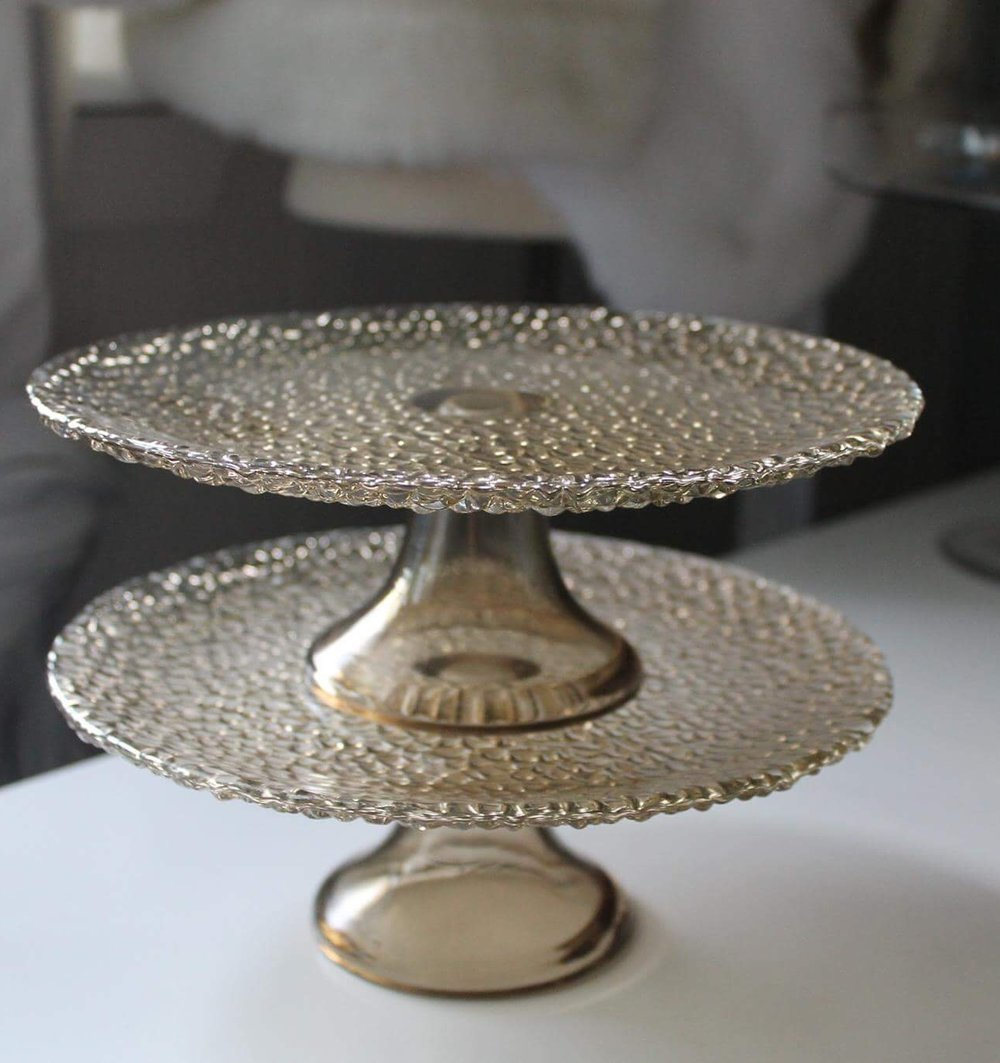 Smoke Cake Stand7.00 each8.5