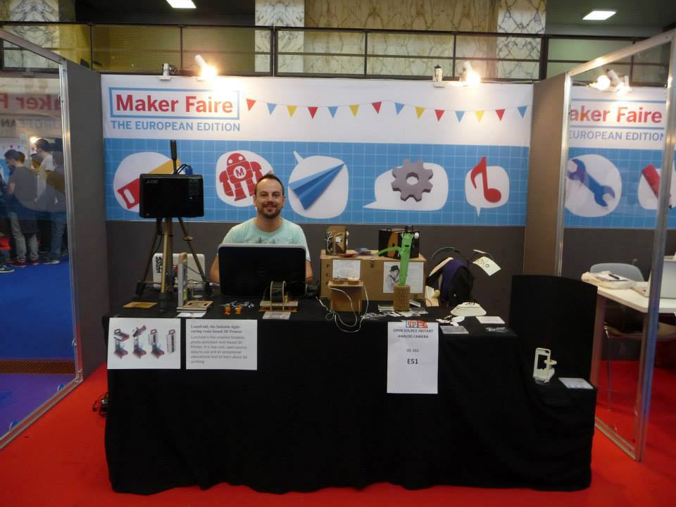 Davide Marin with Lumifold project at first Maker Faire Rome 2018