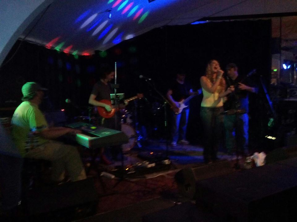 """Whole Lotta Love"" Honey Puddle Live at Darkstar Lounge"