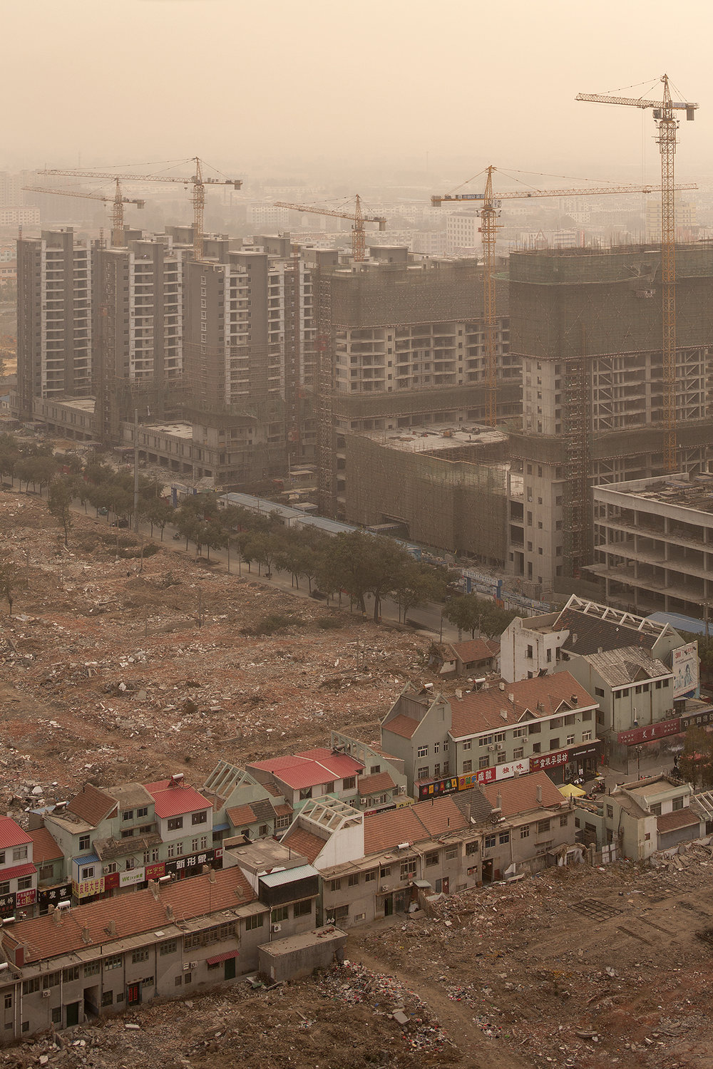 nic-lehoux_dystopia-project-25_chongqing-and-shanghai-china_008.jpg