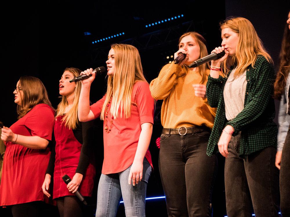 announcements_choir_sing.jpg