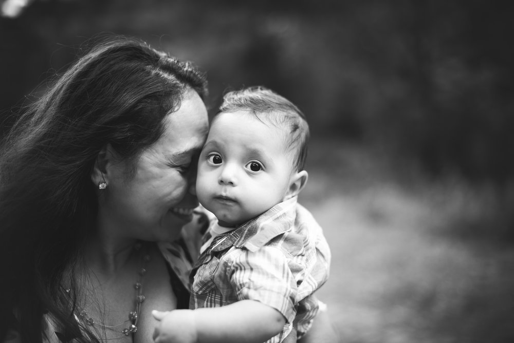 northwest indiana family photographer pumnea-28 bw.jpg