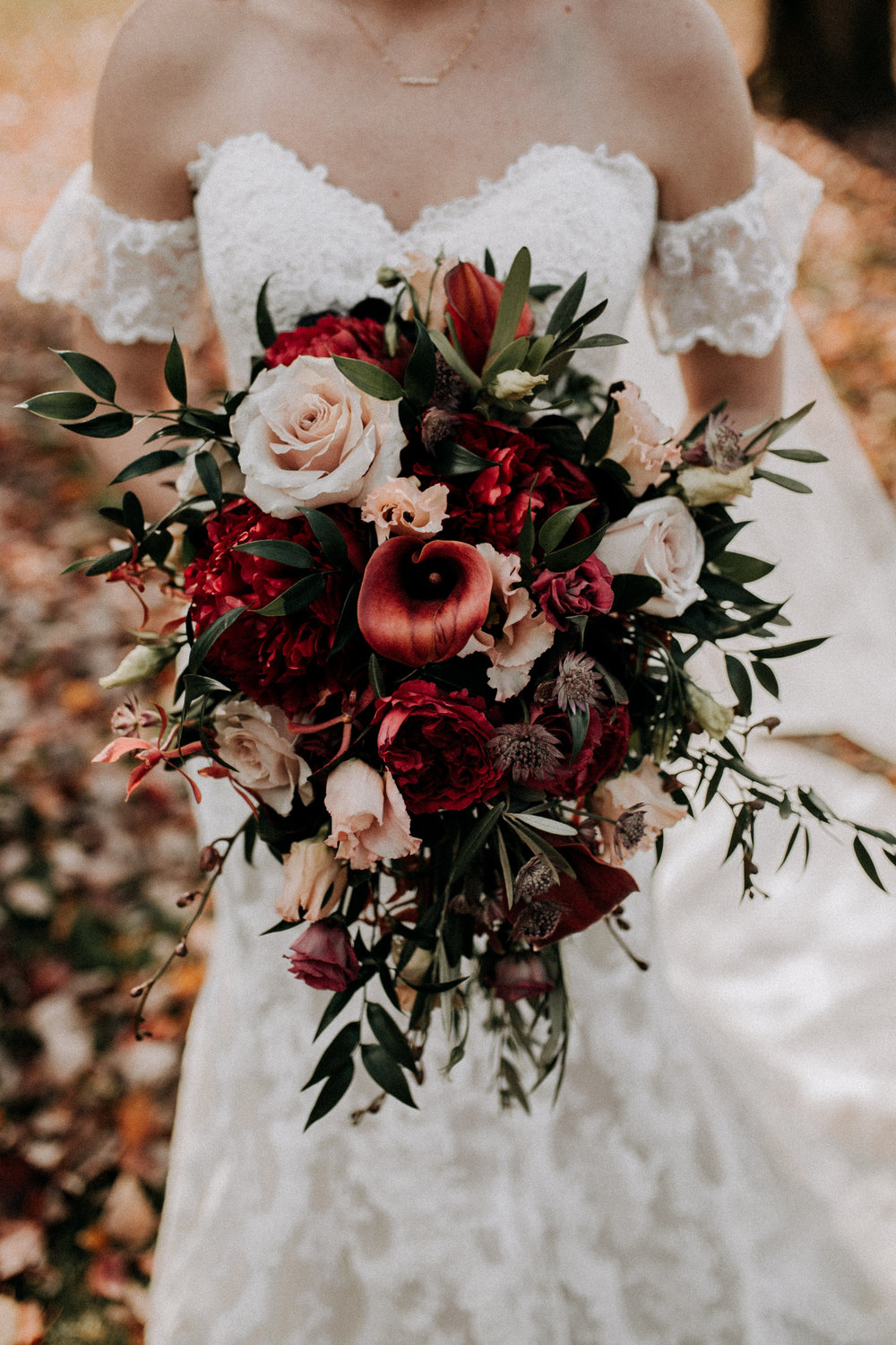 rustic wedding fall colors bridal bouquet red, pink.jpg