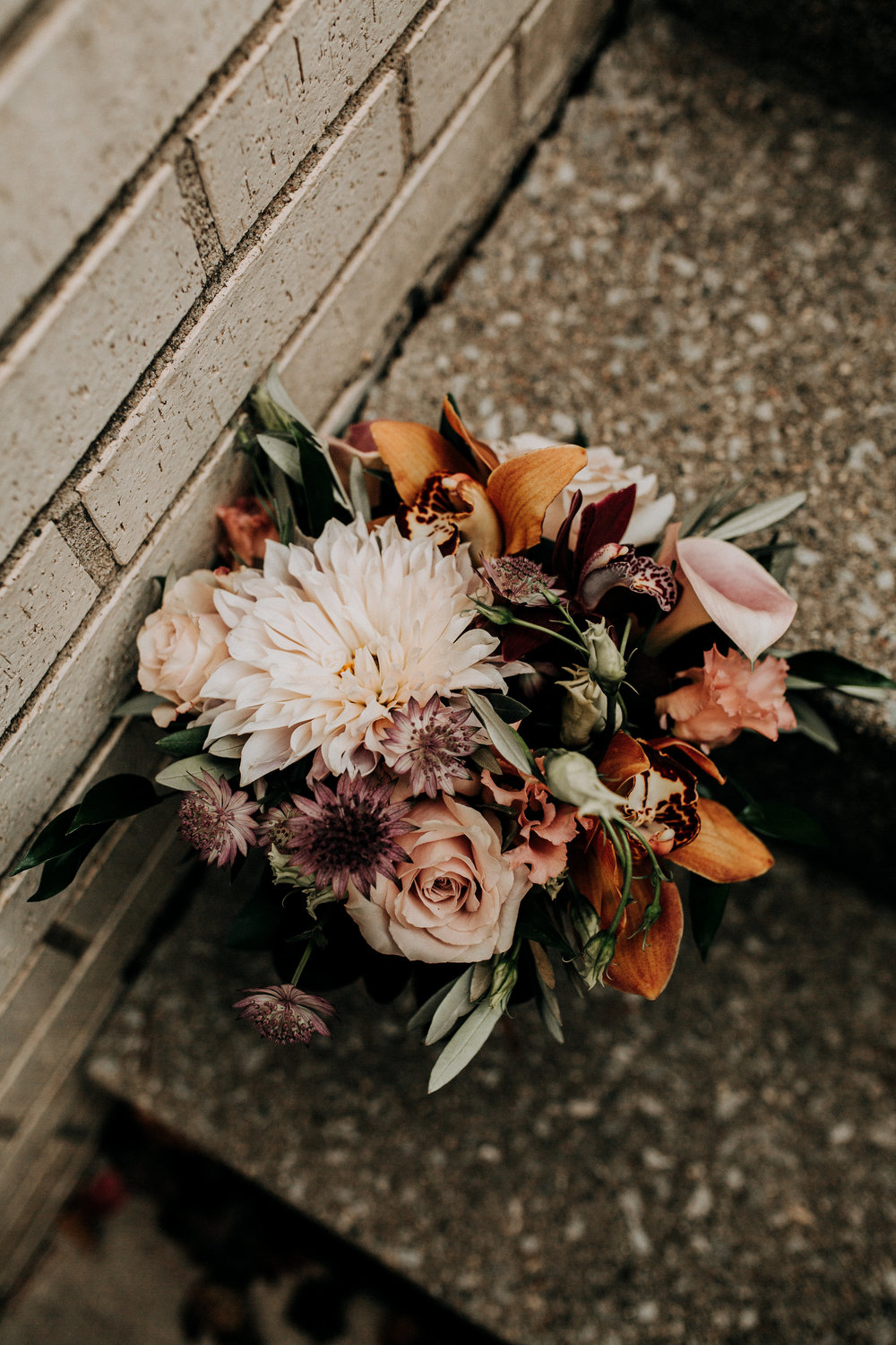rustic wedding fall colors bridesmaids bouquet.jpg
