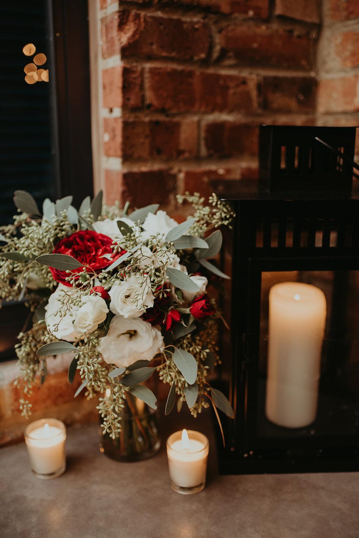 wedding table flowers.jpg